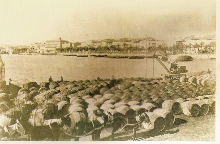 Toneles Fondillon Puerto de Alicante