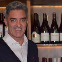 """Carlos Bosch, gerente en El Portal: """"Nuestra filosofía es servir los vinos por copas para democratizar su consumo"""""""