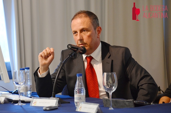 Rafael Poveda, durante una intervención en el CDT de Alicante.