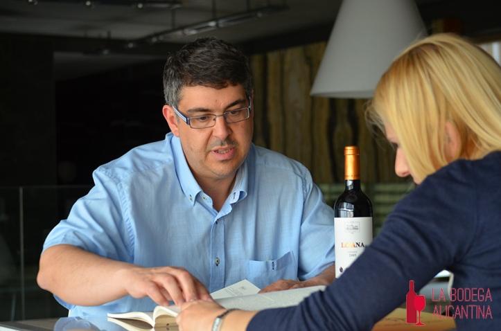 David Beltrá  nos habla de la historia del vino en Novelda