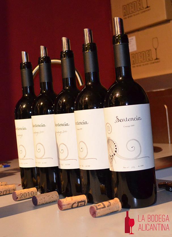 La vinoteca Tiza y Flor presenta los vinos de la bodega