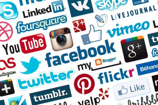 La proliferación de redes sociales permite una gran variedad de posibilidades de darse a conocer. / sinergiainsular.com