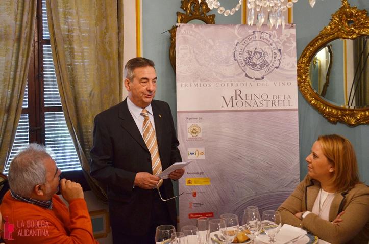 El presidente de la Cofradía, Fernando Riquelme, durante el anuncio de los galardonados en el concurso.