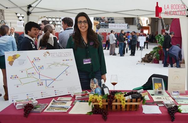 La Ruta del Vino de Alicante estuvo también presente en la Feria contando con la presencia de su gerente María José Jover Soro.