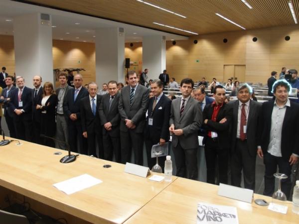 Imagen de los participantes en la IX edición del Foro del Marketing del Vino en La Rioja. / noticiasdelarioja.com