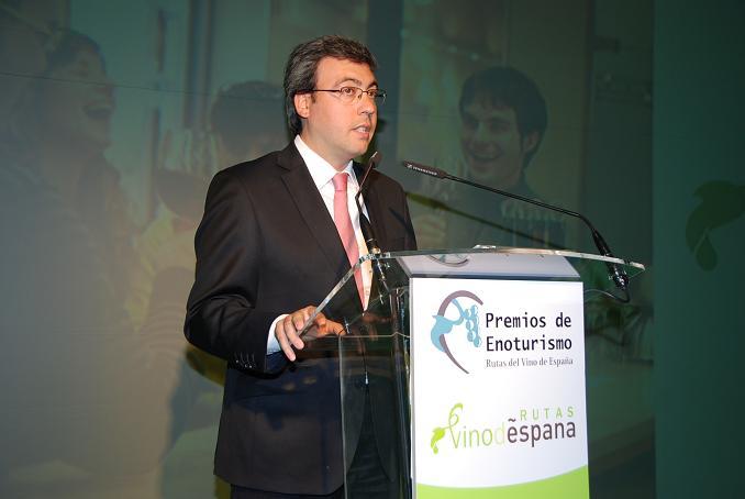 Diego Ortega Abengózar durante su intervención en los Premios de Enoturismo organizados por ACEVIN. /www.alcazardesanjuan.es