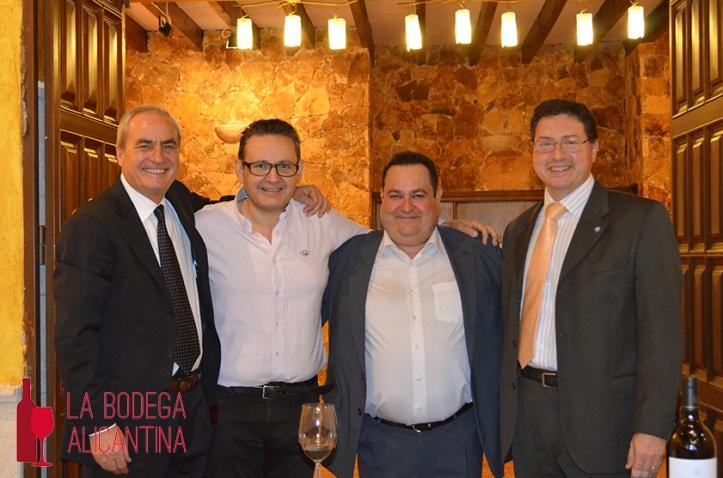 De izquierda a derecha, Juan José Sellés, Paco Casas y Javier Carmona /LBA