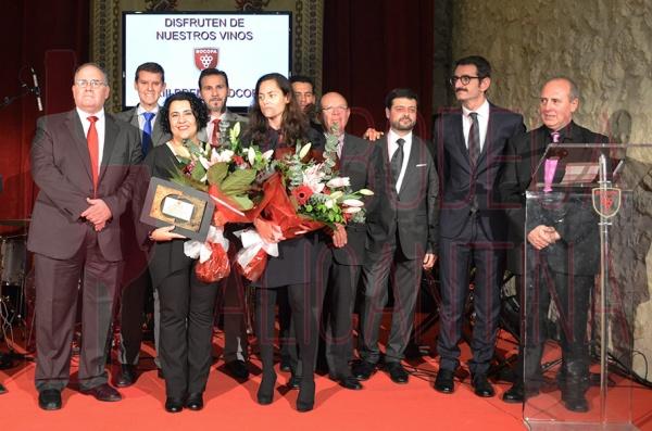 A la finalización del acto se produjo la tradicional foto de familia donde participaron también las autoridades presentes en la gala. /LBA