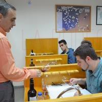 El sumiller Miguel Ángel Garri presenta una cata de fondillones en el CdT Alicante