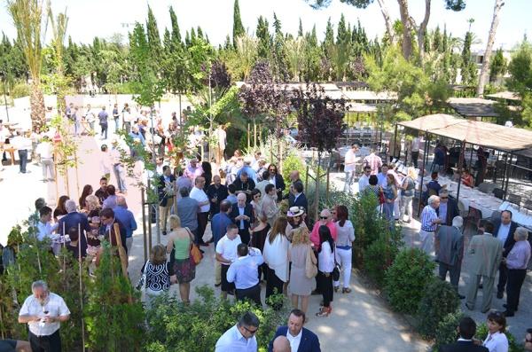 Más de 200 personas se han reunido para degustar los vinos de Muga y disfrutar de una barbacoa riojana en Pópuli Bistró. /LBA